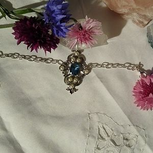 Jewelry - A Cute Bracelet with Pearls and Aquamarine